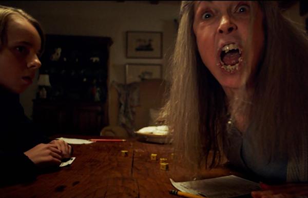 the-visit-2015-movie-nana-yahtzee-cookies-deanna-dunagan-ed-oxenbould-shyamalan